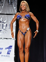 2010 NA Figure Masters 35 Plus - all women pose in bikini and heels